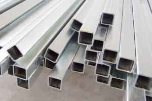 Tubo galvanizado quadrado Facar